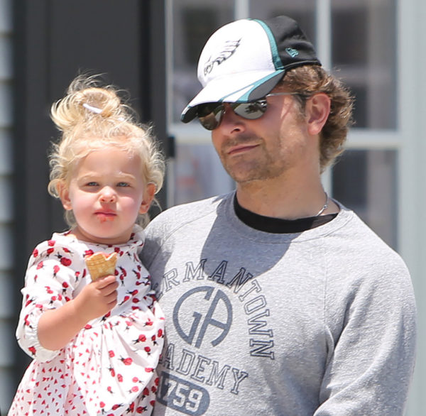 Bradley Cooper with daughter